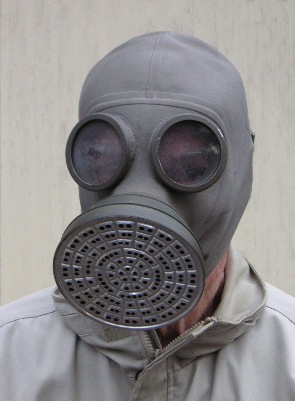 1930s_gas_mask